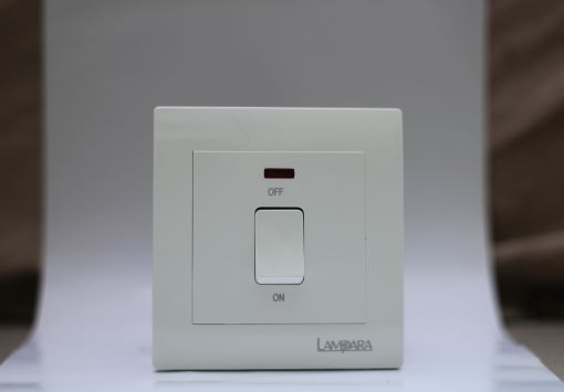 20A WATER HEATER SWITCHLED (WHITE)
